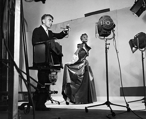 Horst directing fashion shoot with Lisa Fonssagrives, 1949. Photo by Roy Stevens/Time & Life Pictures/Getty Images